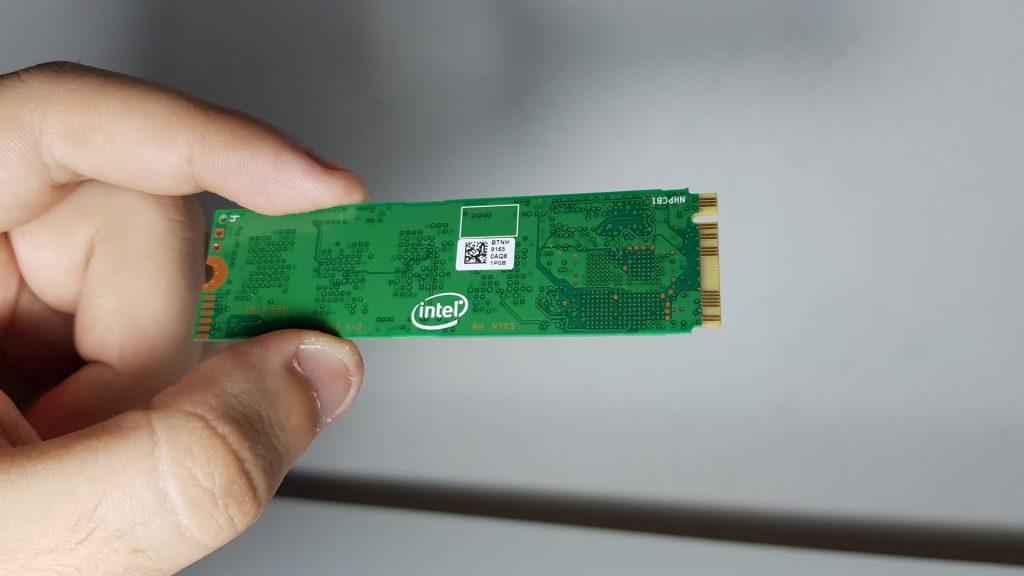 Close do Intel SSD 660p