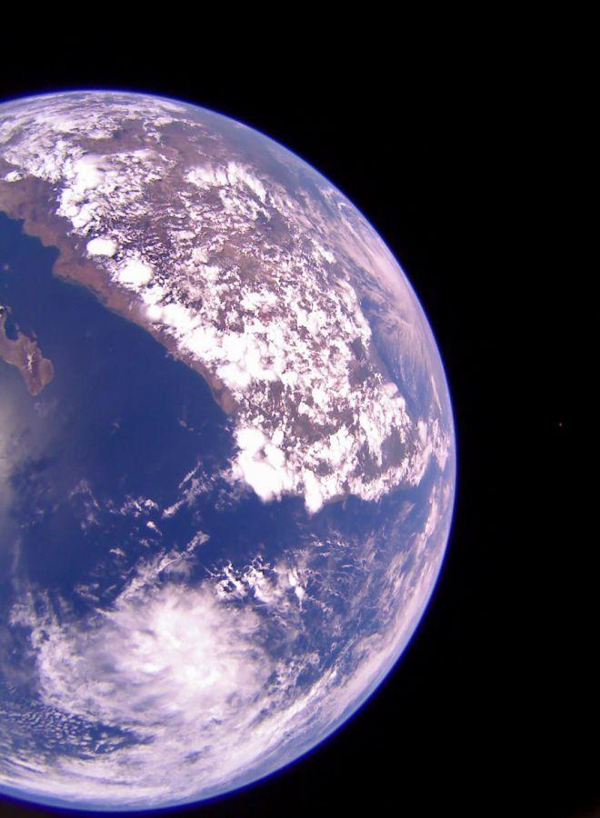 Segunda foto da Terra que a LightSail 2 registrou em 12 de julho de 2019