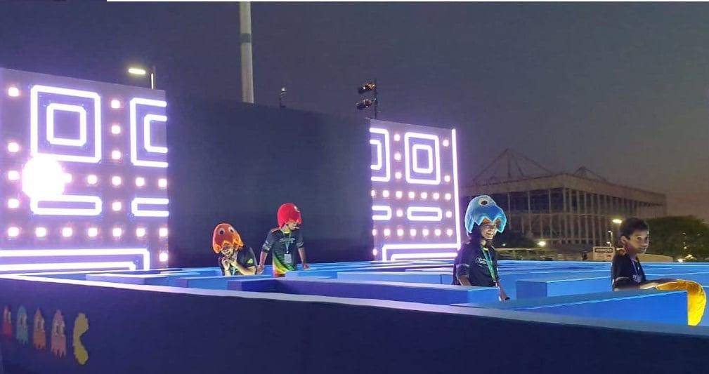 Torne-se o Pac-Man e coma seus adversários