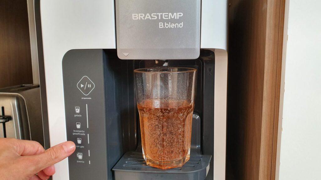 É possível fazer bebidas gaseificadas na b. Blend un. Plug