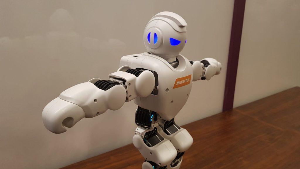 Robô utilizado para testes de IA do Helio P90