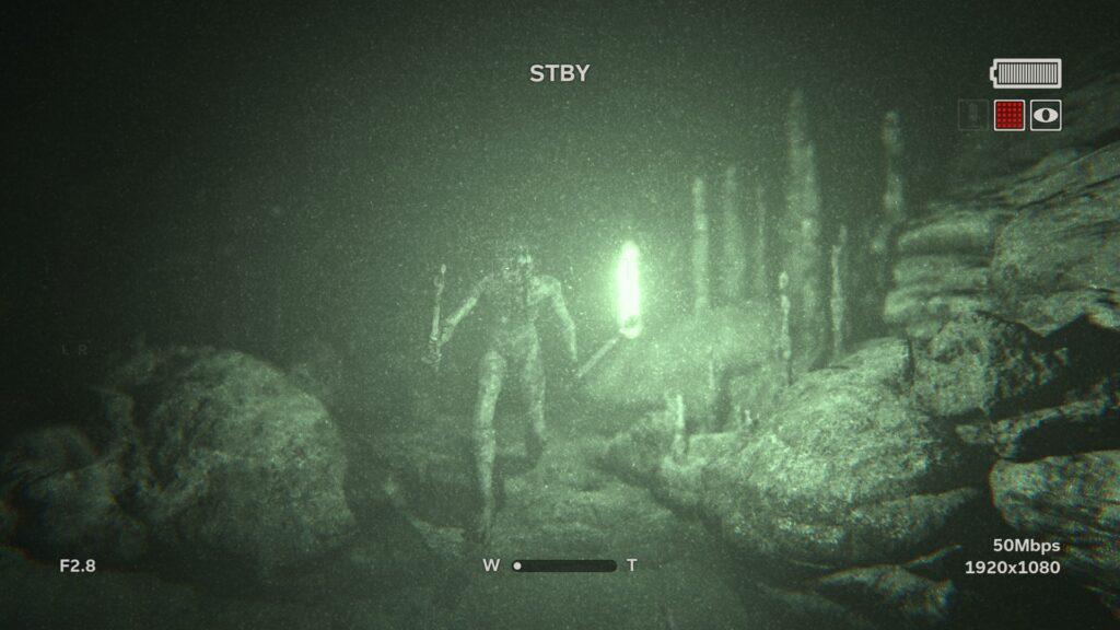 Somente a visão noturna de sua câmera irá te ajudar a sobreviver aos terrores da noite