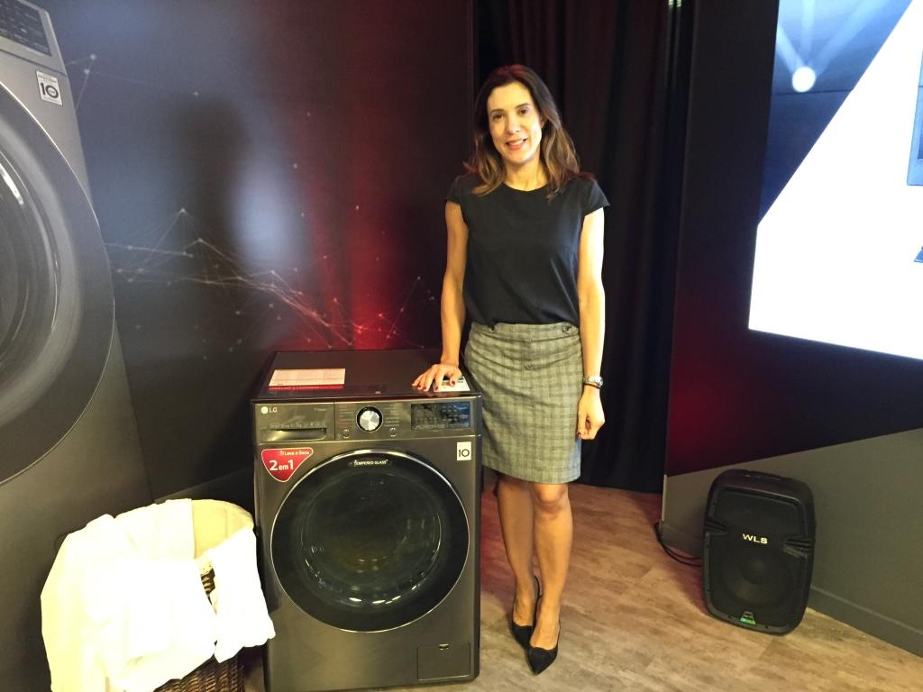 Bárbara toscano, head de marketing da lg