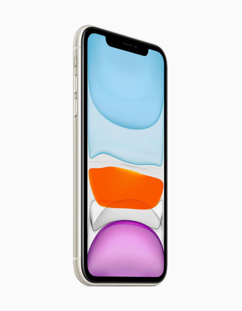 A tela Liquid Retina do iPhone 11 faz um bom trabalho, mas ao lado da Super Retina XDR do Pro não impressiona