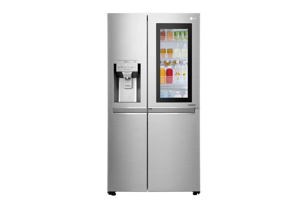 A Instaview Door-in-Door é uma geladeira inteligente da LG que possui uma tecnologia no painel permitindo visualização do conteúdo interno da geladeira sem precisar abri-la.