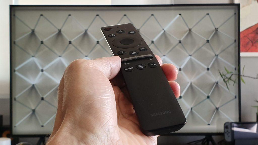 Controle Único, Smart TVs Samsung 4K com Tizen