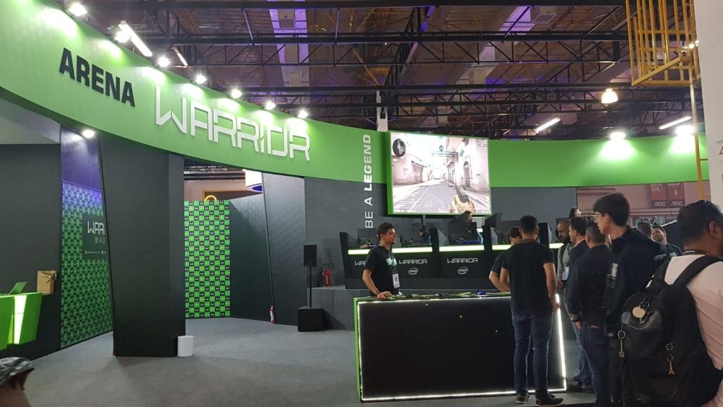 Arena Warrior é literalmente uma arena para jogadores competirem entre si