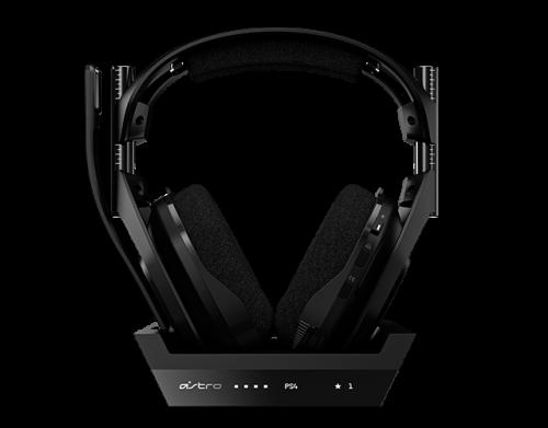 Quarta geração do headset Astro A50 com base para PS4
