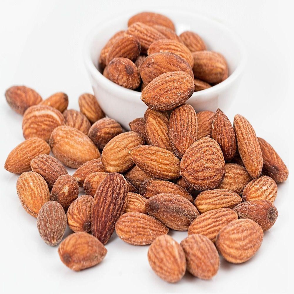 Alimentos venenosos como amêndoas amargas são até proibidas em alguns países (Imagem: nuts.com)
