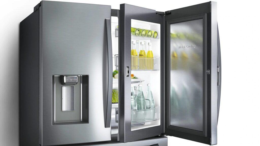 O Metal Cooling impede que o ar frio saia ao abrir a porta