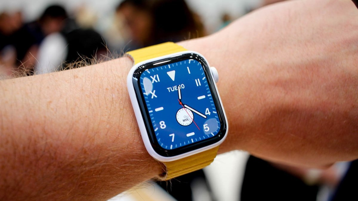 Create smartwatches review review apple watch series 5 image1 ztzlwrxugs
