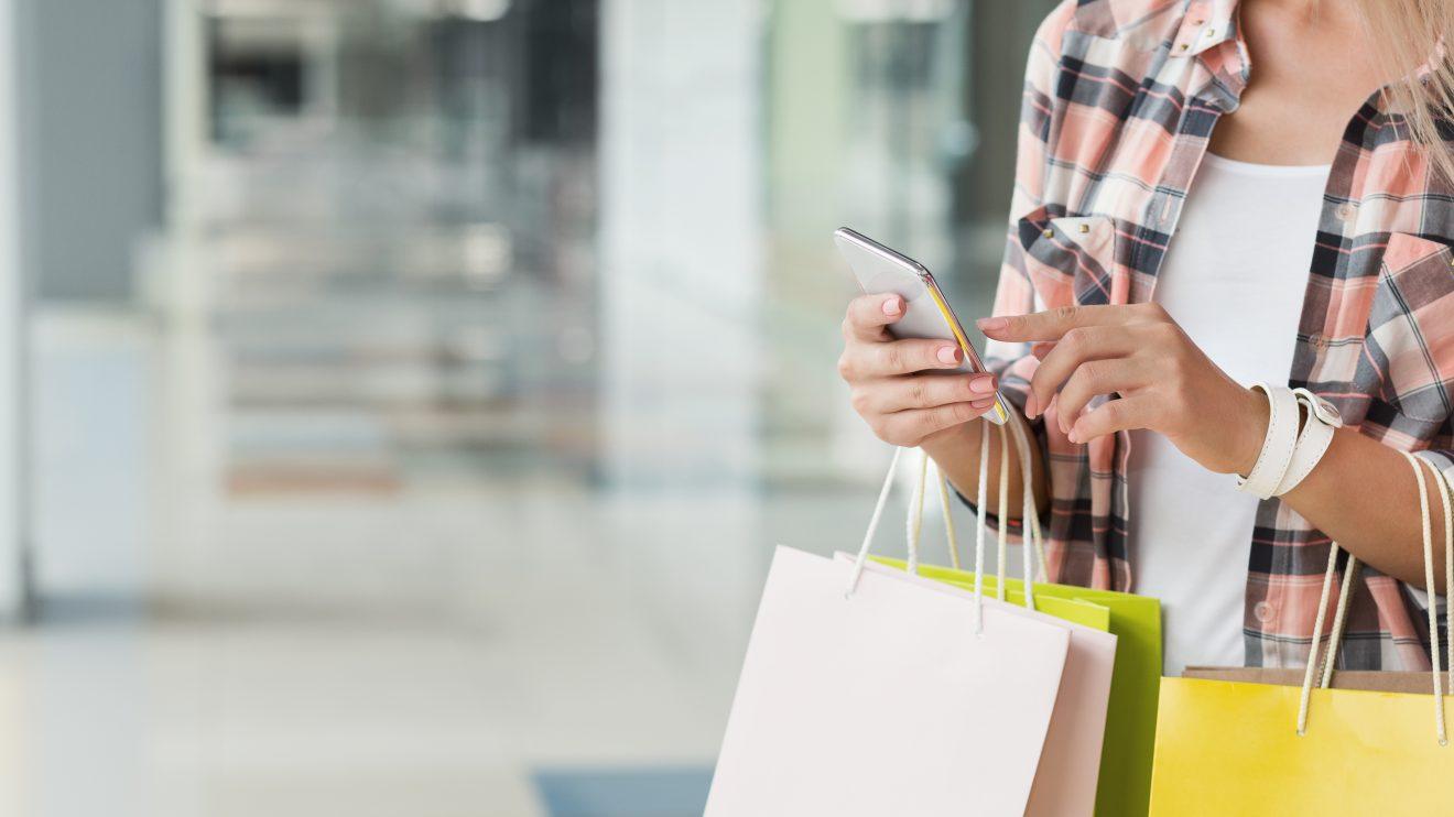 Compras pelo celular crescem no Brasil