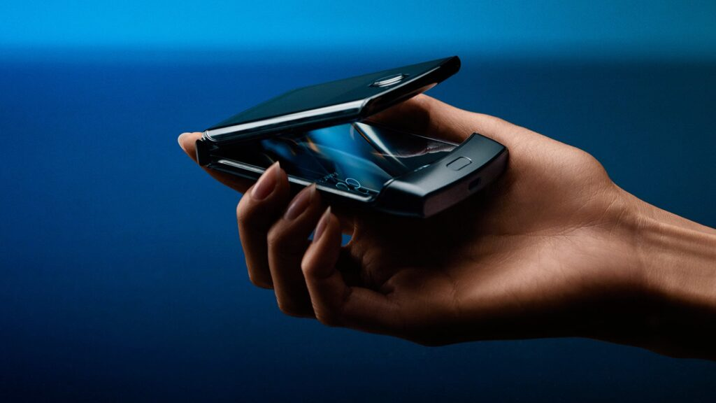 Motorola razr alia inovação e nostalgia em um único smartphone
