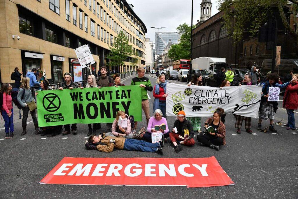 cientistas alertam para emergência climática