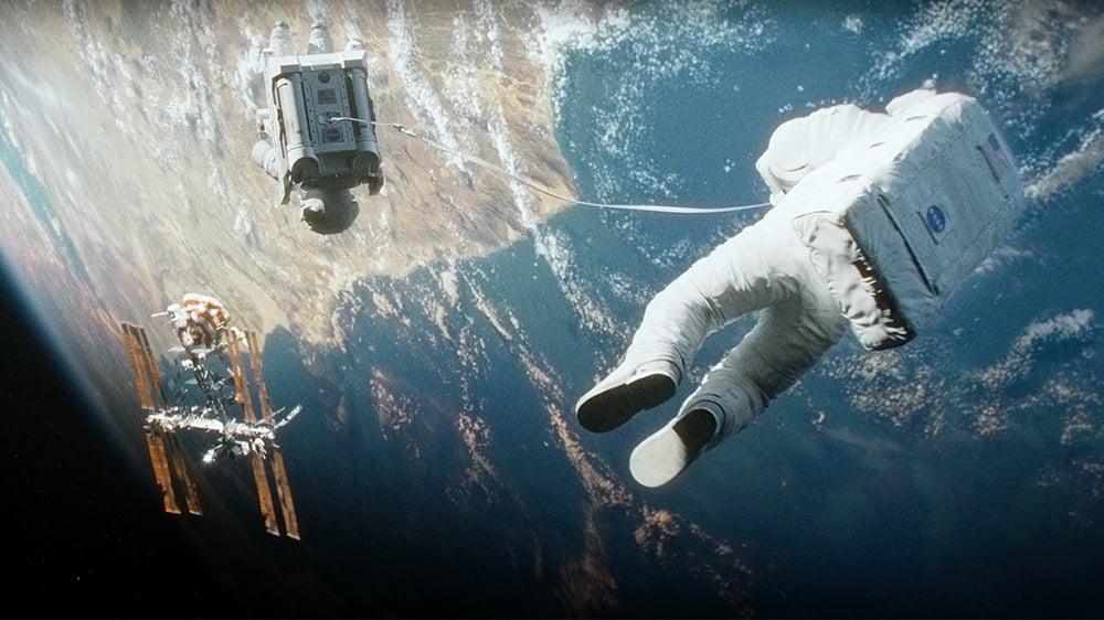 Você já se imaginou à deriva pelo espaço?