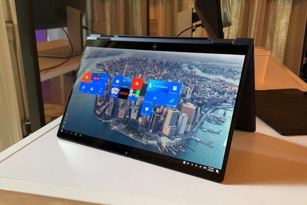 O usuário pode contar com impressão digital e reconhecimento facial nesse HP