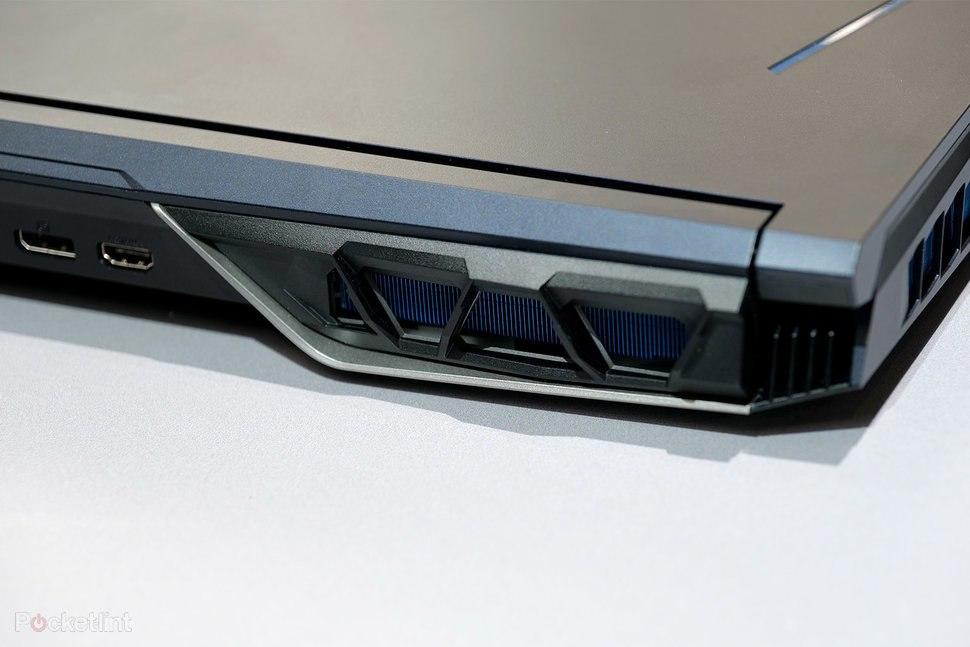 Saída Cooler do Acer Predator Helios 700
