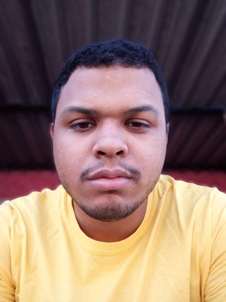 Foto tirada com a câmera frontal no Modo Retrato