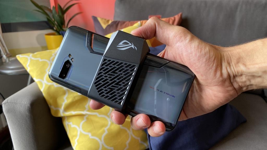 REVIEW: ROG Phone 2 é mais do que um ótimo smartphone gamer