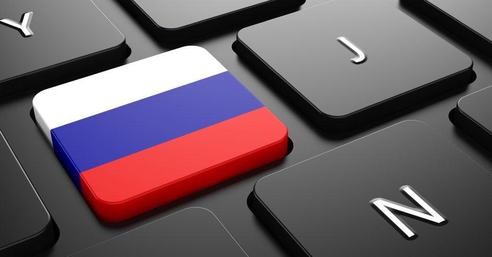 O total controle do governo  da Rússia com o RuNet gerou debate em grupos de direitos humanos e do consumidor