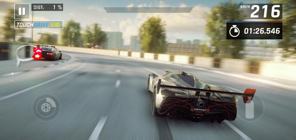 Toda a linha S10 conta com potência de sobra para rodar quaisquer jogos e aplicativos sem grandes dificuldades