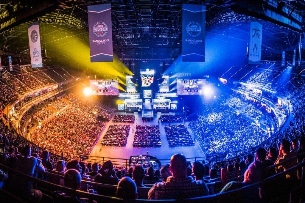 O Arena e-Sports oferece review de vários torneios e uma visão diferenciada de cada convidado