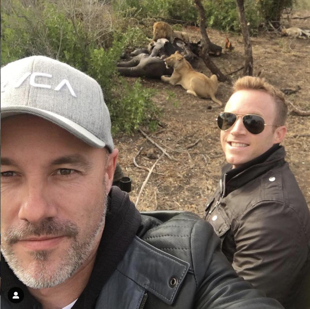 Selfies no meio de animais selvagens