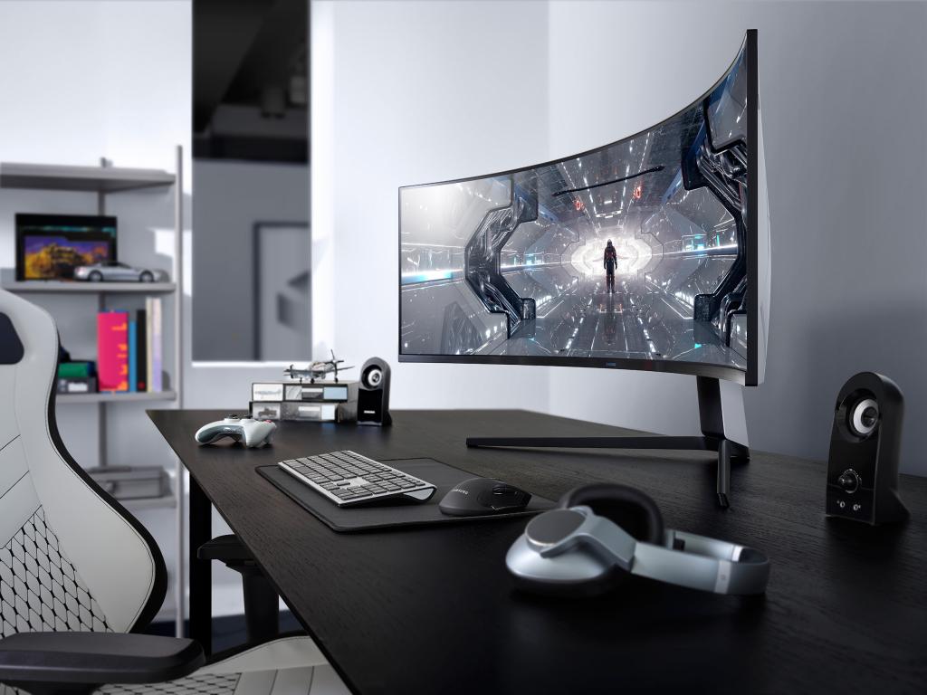 O Samsung Odyssey G9 é o primeiro monitor para o consumidor da empresa com curvatura de 1000R