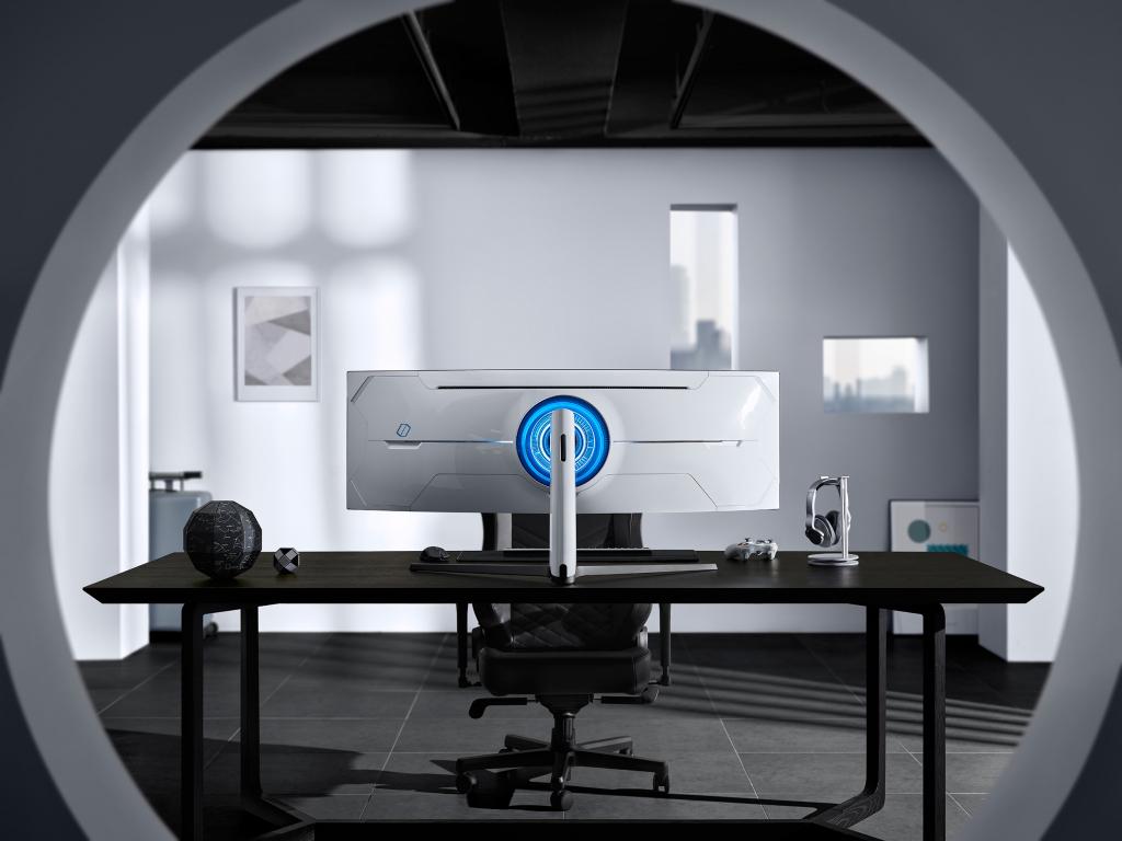 A Samsung está apresentando durante a Consumers Electronics Show 2020 dois monitores gamers: o Odyssey G7 e G9. Ambos serão vendidos a partir do segundo trimestre deste ano