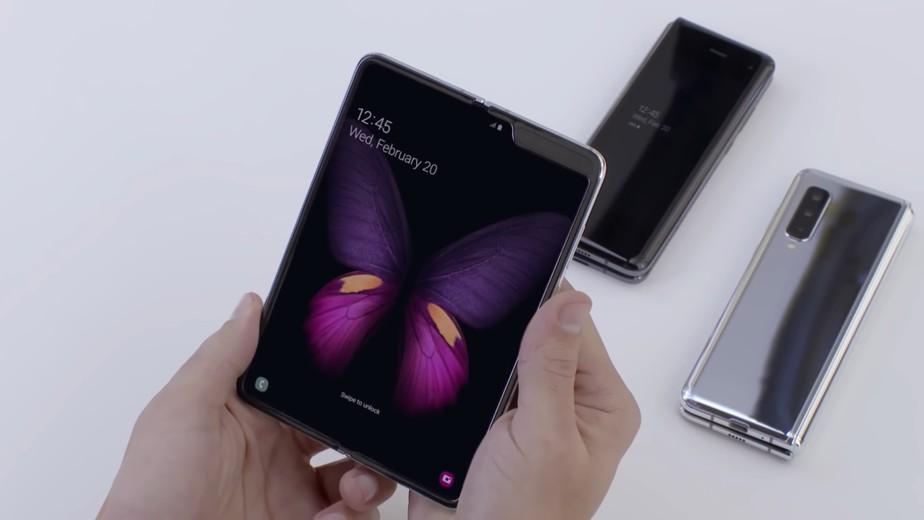 Galaxy bloom ou z flip: tudo o que sabemos sobre o próximo dobrável da samsung. Rumores indicam que o próximo o smartphone dobrável da samsung será lançado em 11 de fevereiro. Veja tudo o que já se sabe sobre o galaxy bloom (galaxy z flip)
