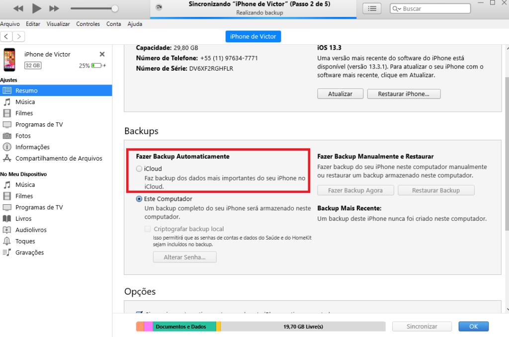 """Perceba a parte """"fazer backup automaticamente"""" com o iCloud. Você também pode fazer manualmente como visto no lado direito ao apertar em """"Fazer Backup Agora"""""""