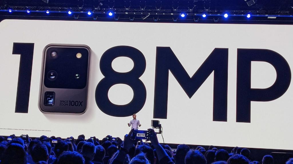 As câmeras são as principais apostas da Samsung.