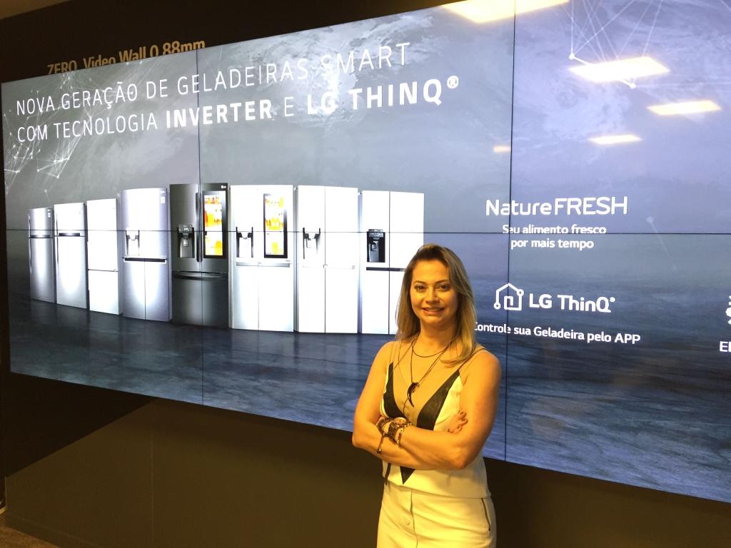 Kati Dias, gerente de produtos de linha branca da LG Eletronics do Brasil