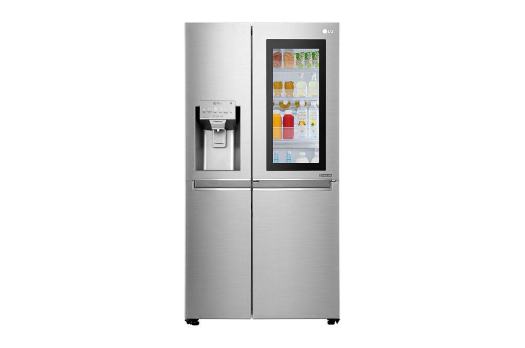 Com o Instaview Door in Door, é possível ver o interior da geladeira sem precisar abrir a porta
