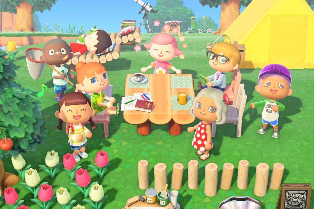 Vários personagens em torno de uma mesa conversando e se divertindo
