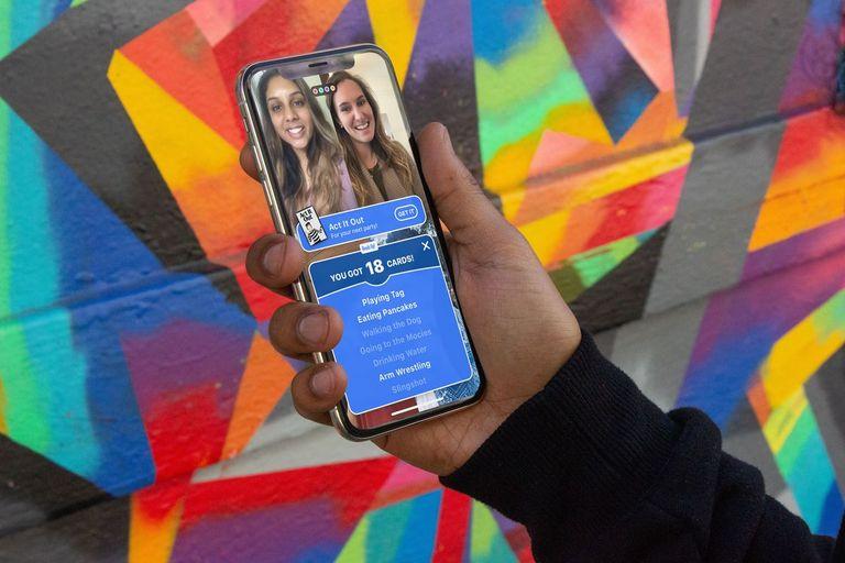 No aplicativo Houseparty, é possível se divertir com os amigos pelo seu celular.