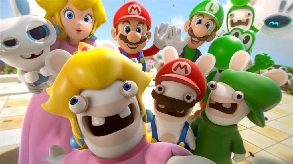 Personagens do game posando para uma foto