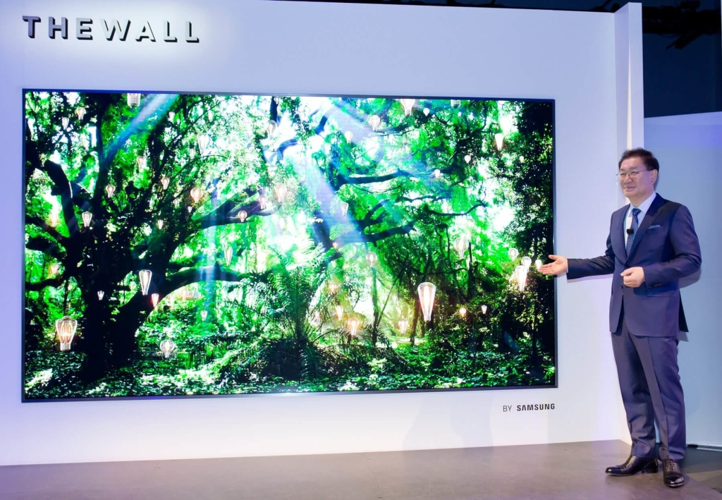 The wall, a primeira tv com painel modular de led da samsung