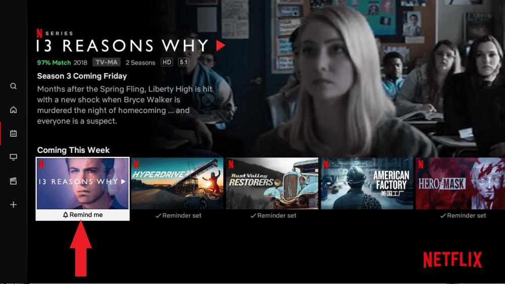 Smart tv mostrando chamada para série 13 reasons why no topo e, abaixo, 5 fotos dispostas em horizontal sobre outras atrações.