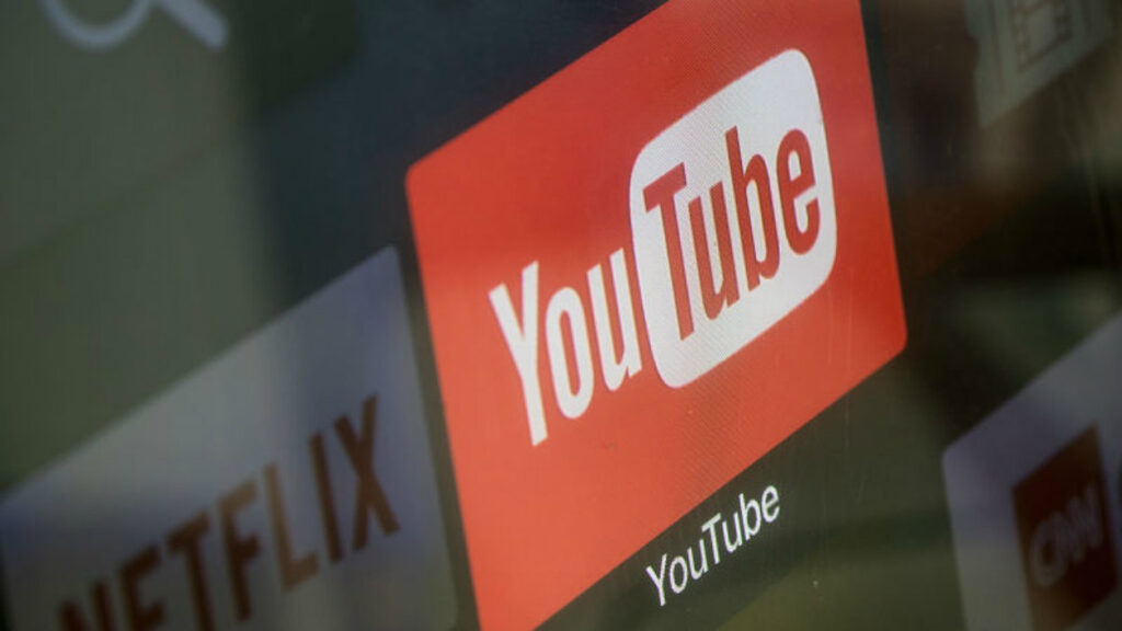 Tv com app do youtube selecionado