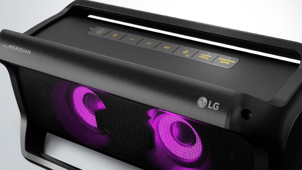 Parte de cima da caixa de som Bluetooth LG XBOOM Go PK7