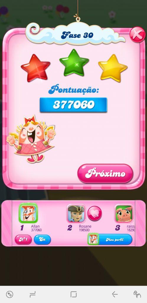 Candy Crush Saga na vertical, menu final após a partida com três estrelas completas