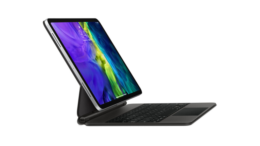 iPad Pro 2020 visto de lado, com suporte do teclado