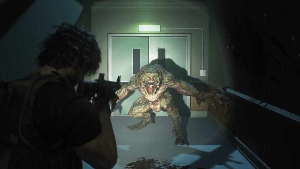 Carlos atacando um monstro no hospital