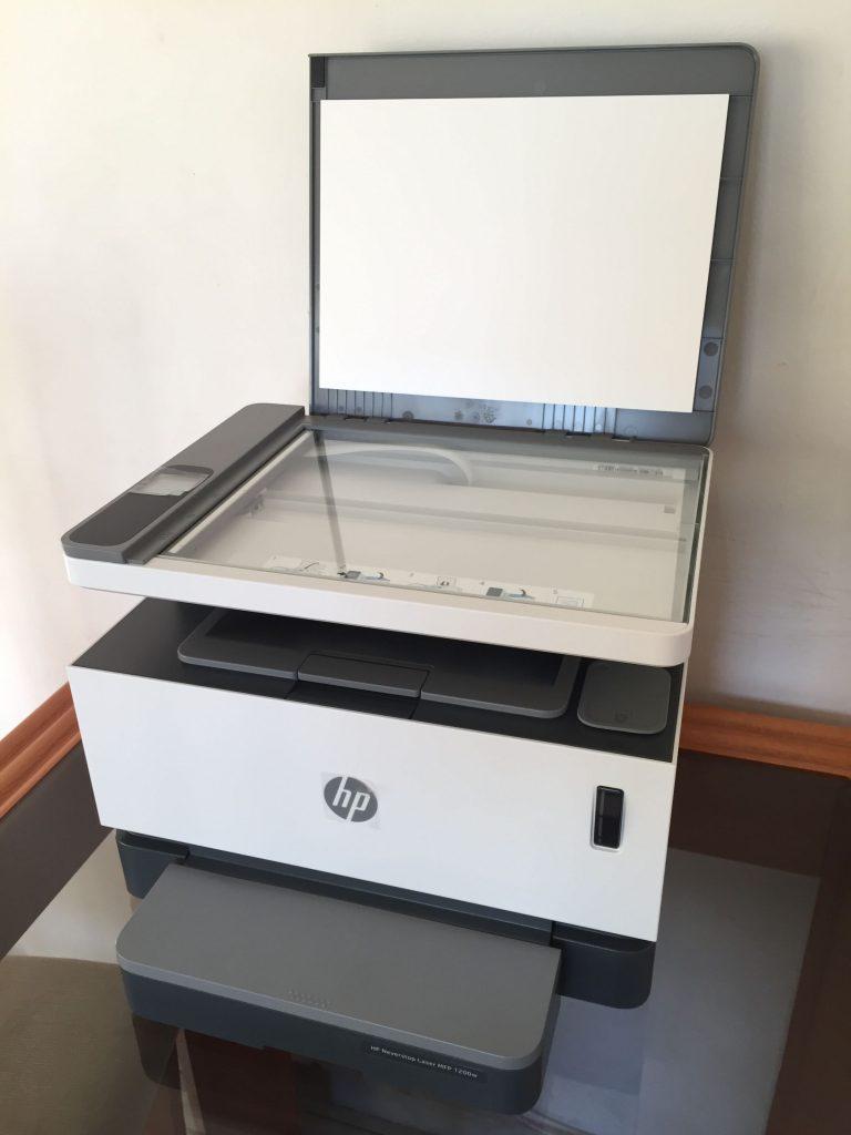 HP Laser Neverstop 1200W com a tampa aberta