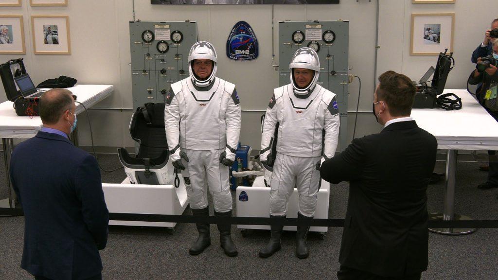 Dupla de astronautas Hurley Behnken da NASA