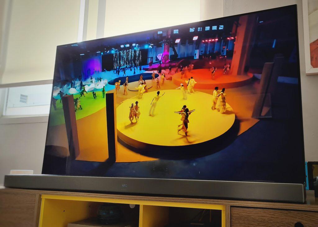 REVIEW: LG Sound Bar SL9YG une elegância, potência e praticidade