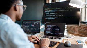 Análise e Desenvolvimento de Sistemas scaled