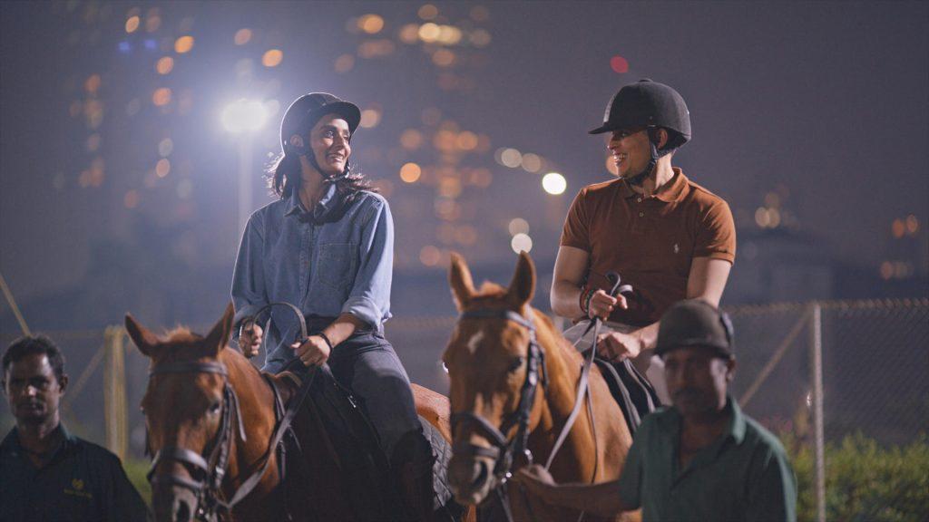 Imagem da série Casamento à Indiana, um dos lançamentos da Netflix