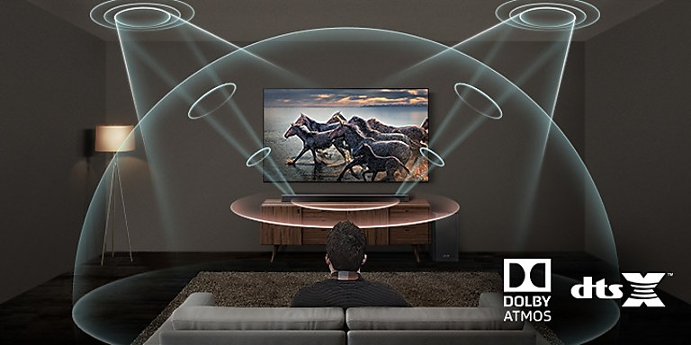Dolby atmos dtsx em uma sala de estar com soubdbar